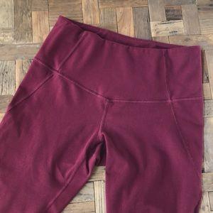 Zella purple cropped leggings. Size Medium
